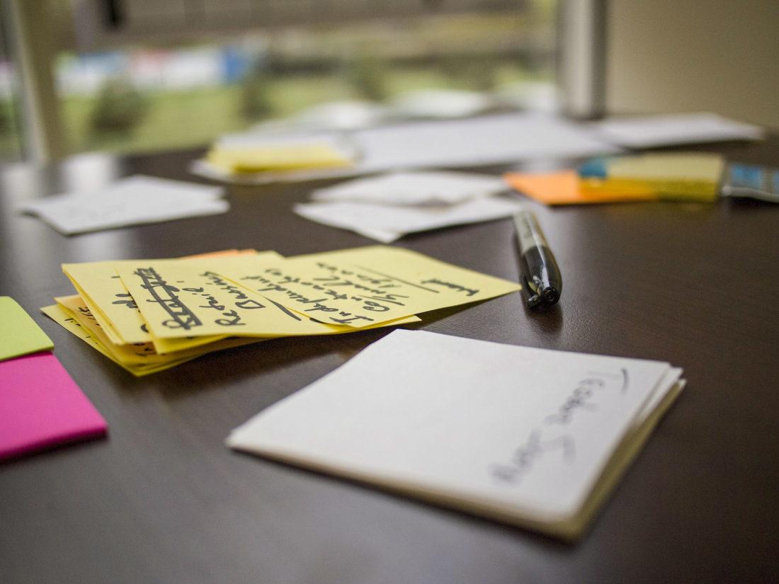 Platz für Design-Thinking schaffen: Wie Unternehmen ihre Kreativräume einrichten