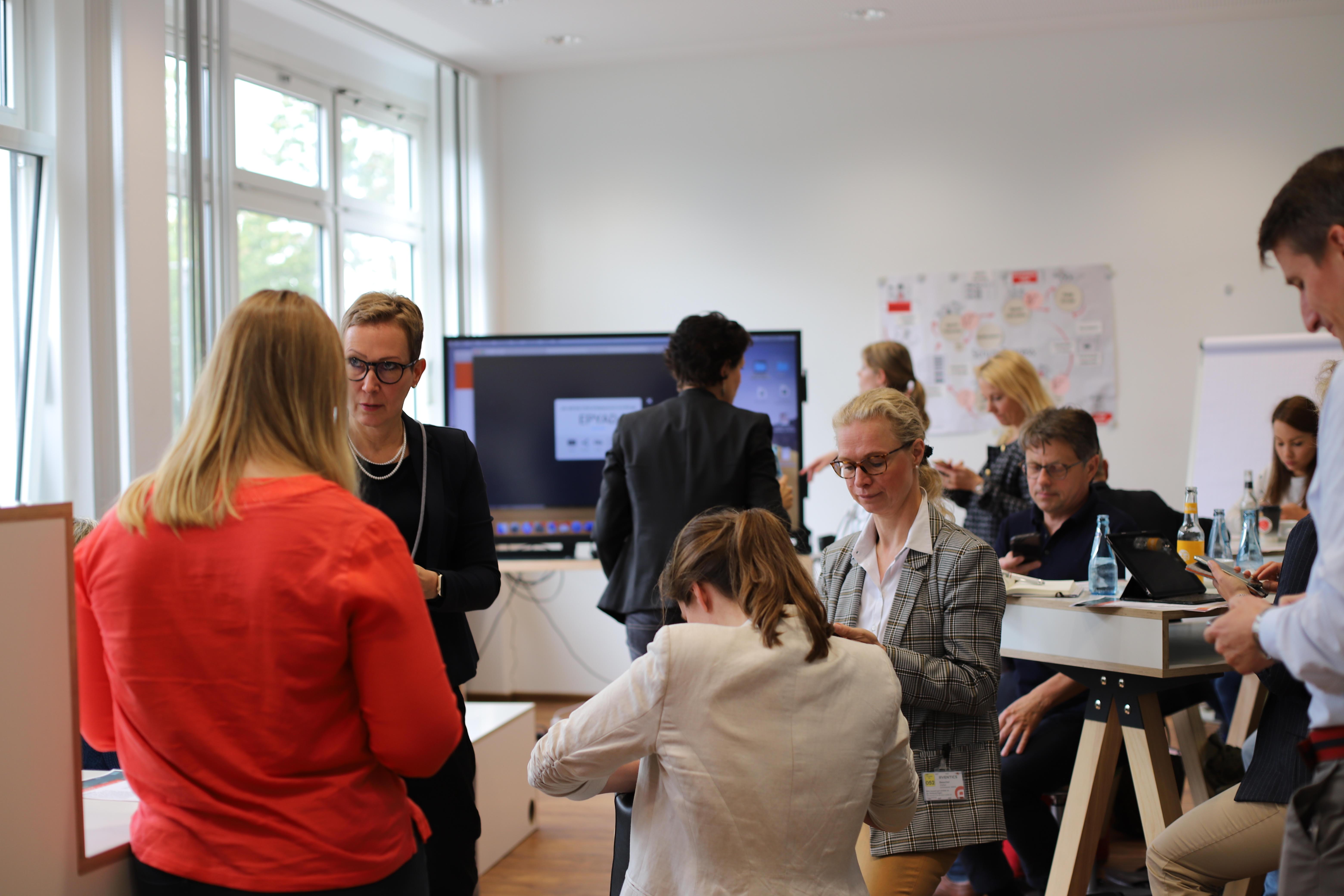 Die Teilnehmer geben digitales Feedback per Nearpod.